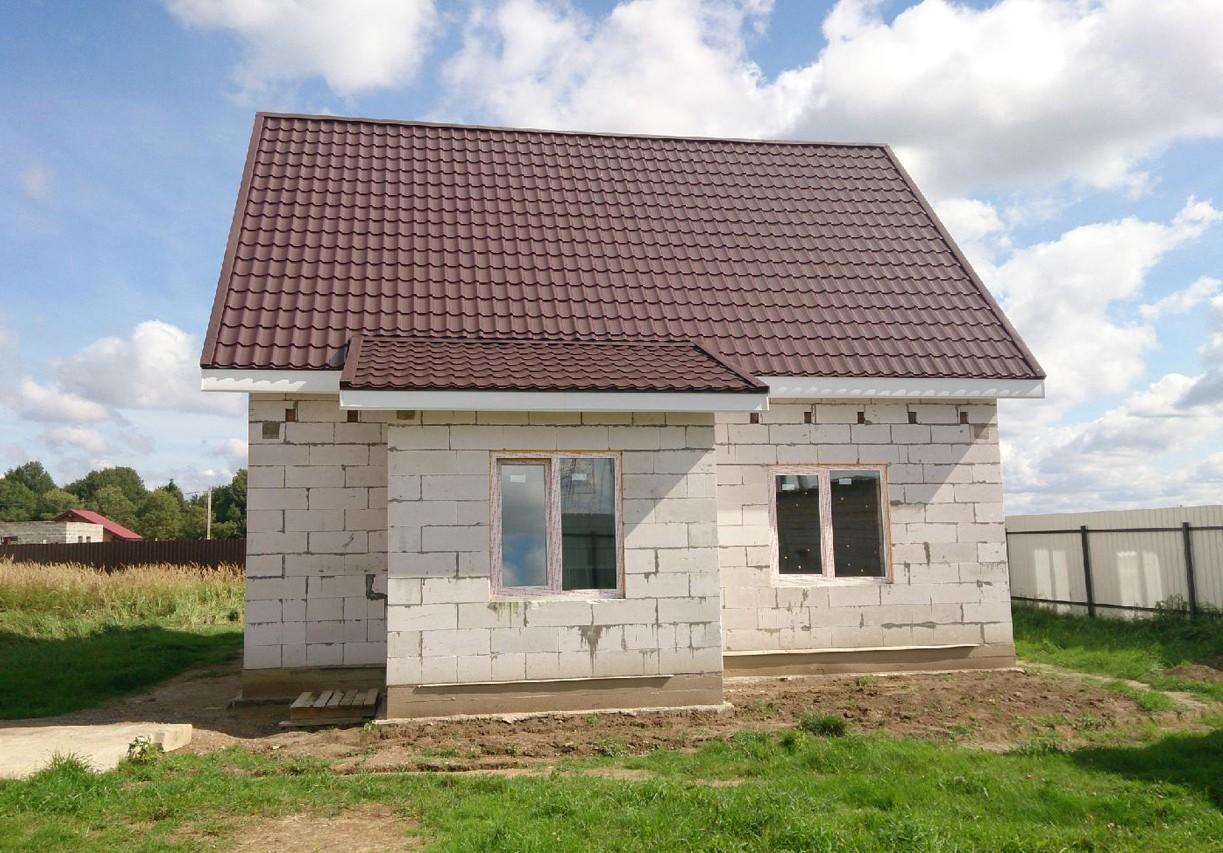Дом из газобетона квадратной формы